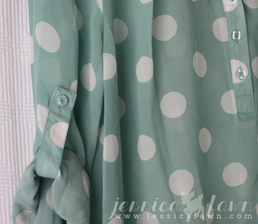 Pomelo Missy Polka Dot Tab-Sleeve Blouse detail | JessicaFawn.com